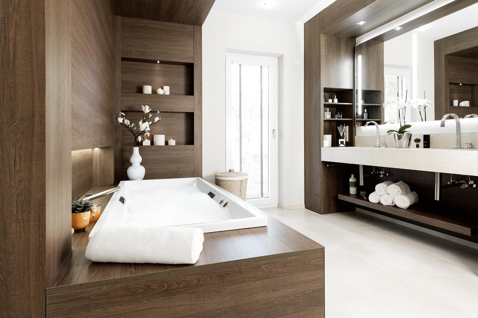 Holz im Badezimmer | Baral | Bad | Heizung | Renovierung